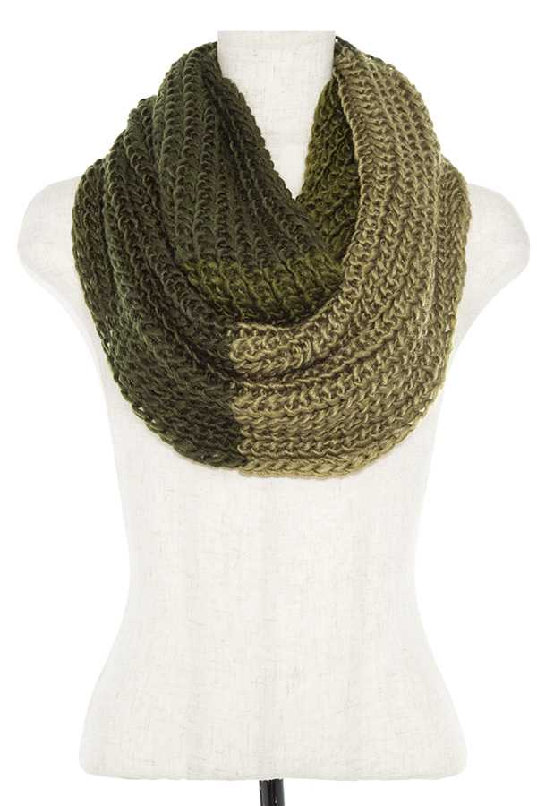COLOR BLOCK KNITTED INFINITY SCARF