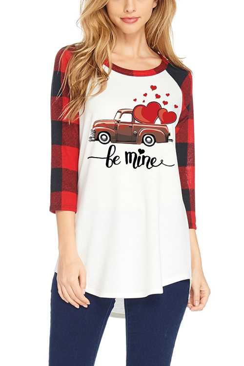 BE MINE Graphic 3/4 Checker Sleeves Top